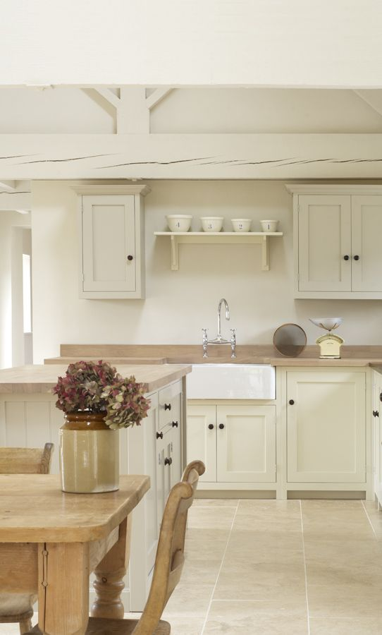 Kitchenwhitewood1