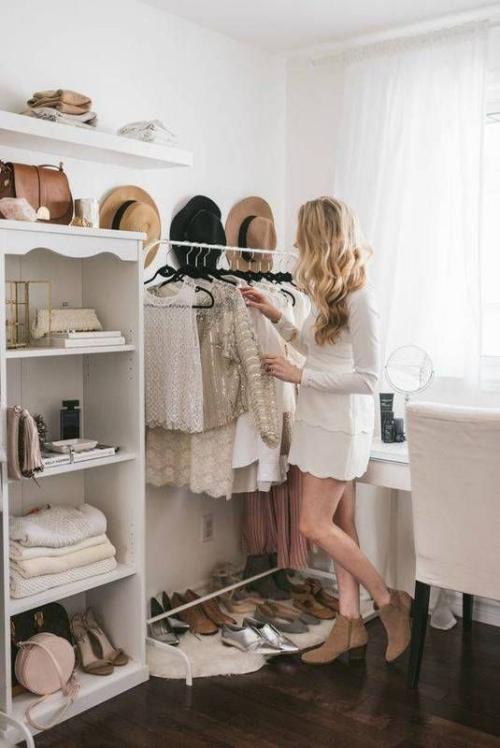 Dressingroomwhite1