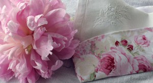 Vintage_tissue_2